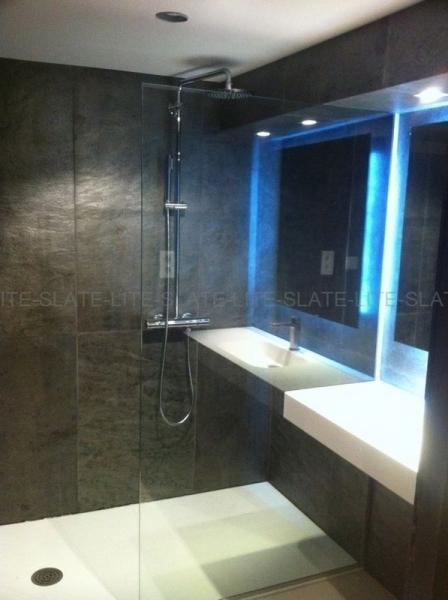 indoor-001-France-Bathroom-0