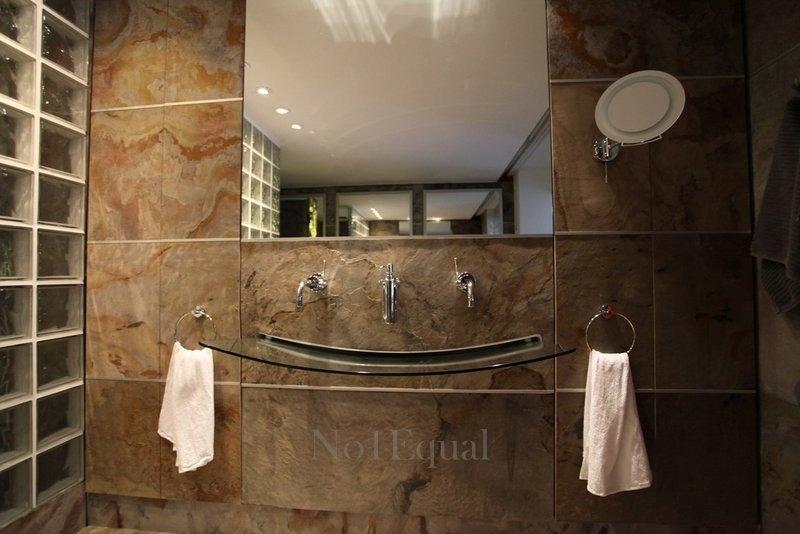 indoor-bathroom